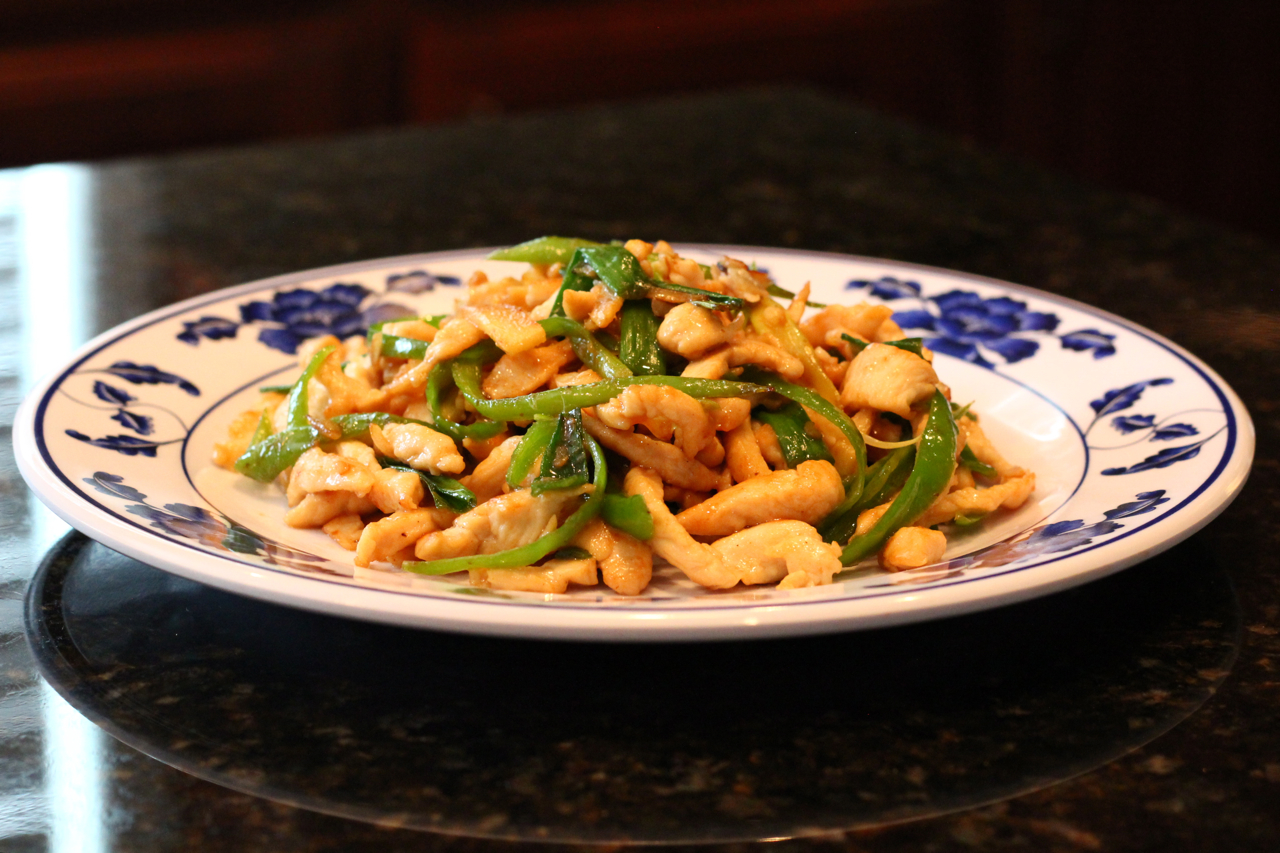 Chinese healthy cooking easy chinese recipes and tips chicken while many chinese dishes forumfinder Choice Image